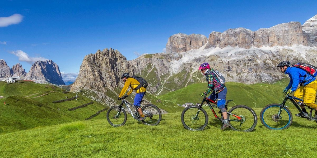 Noleggio Bike EBike Canazei Dolomiti